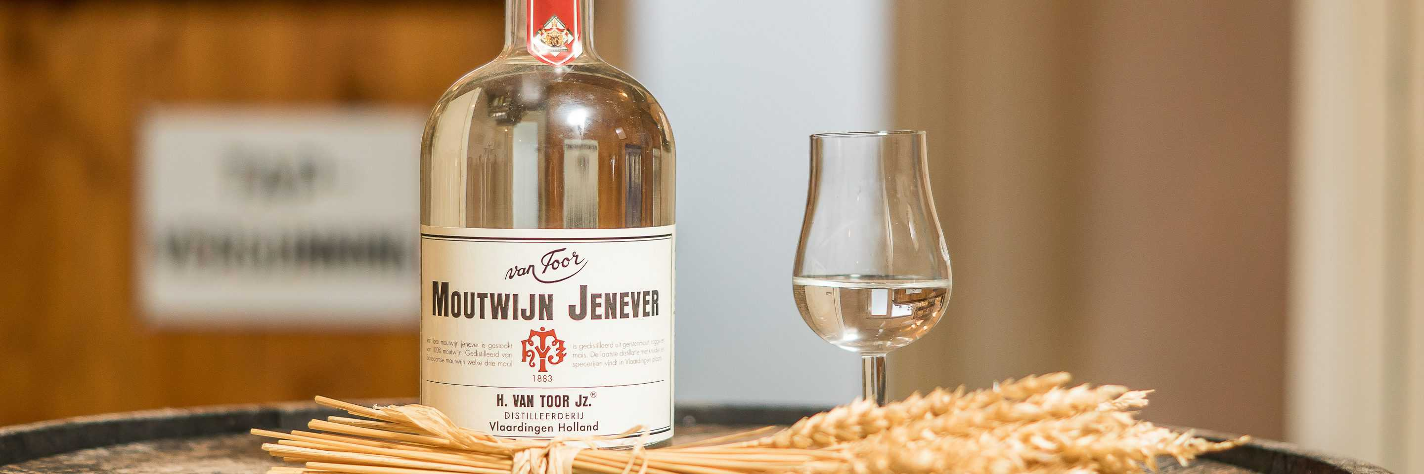 Jenevers: Moutwijn Jenever